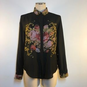 Black floral long sleeve buttoned blouse